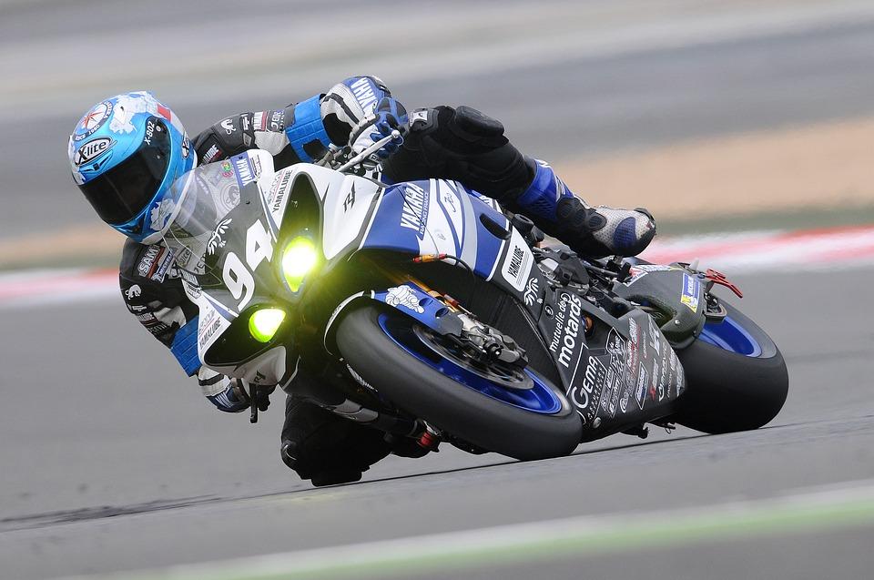 バイク レーサー
